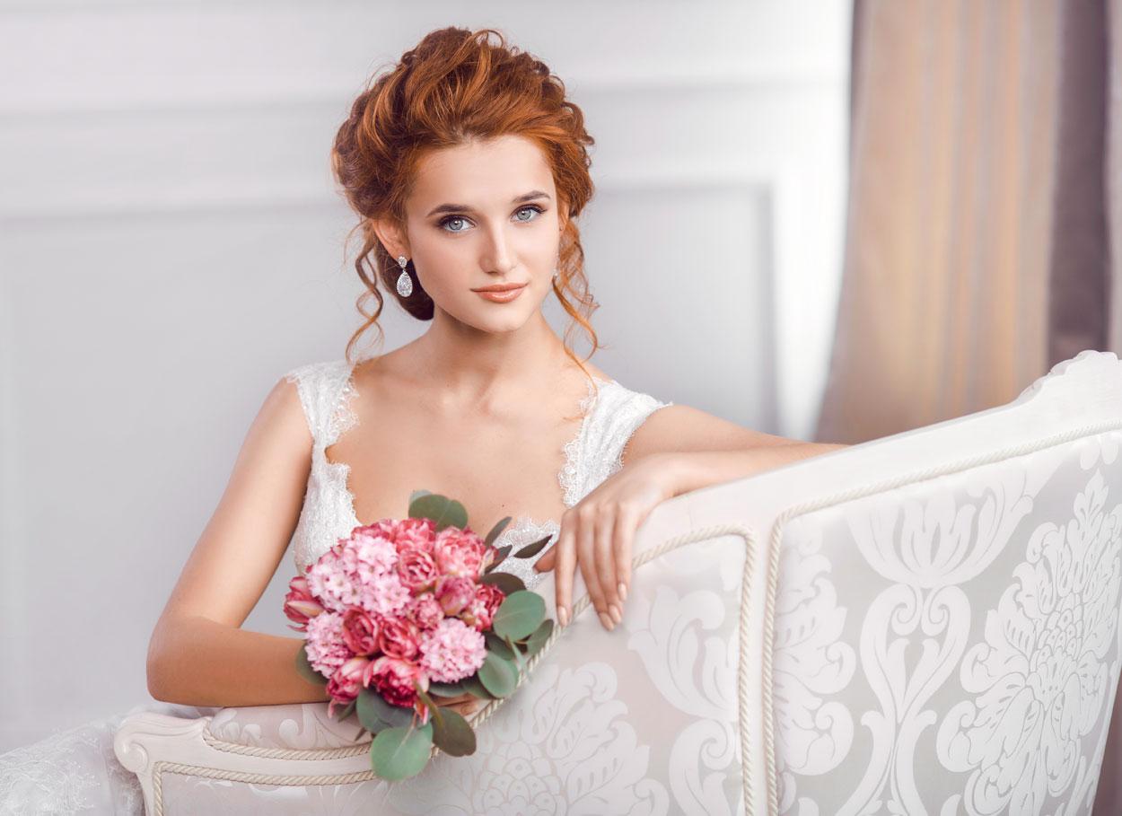 I colori perfetti per la sposa rossa