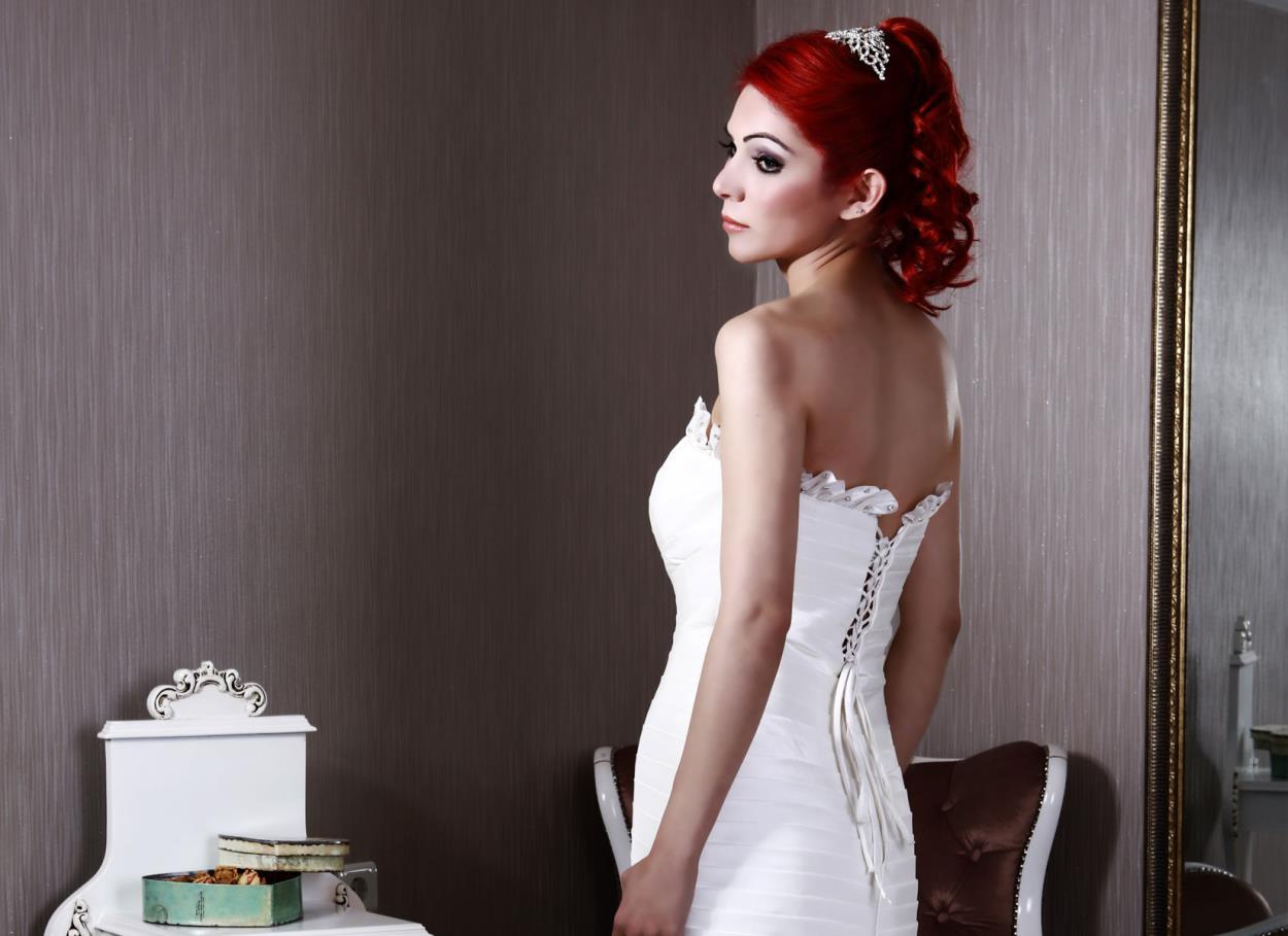 L'acconciatura da sposa: capelli sciolti o raccolti?