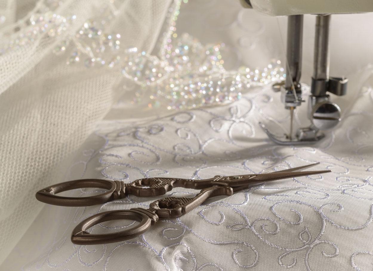 L'abito da sposa: atelier o fai da te?