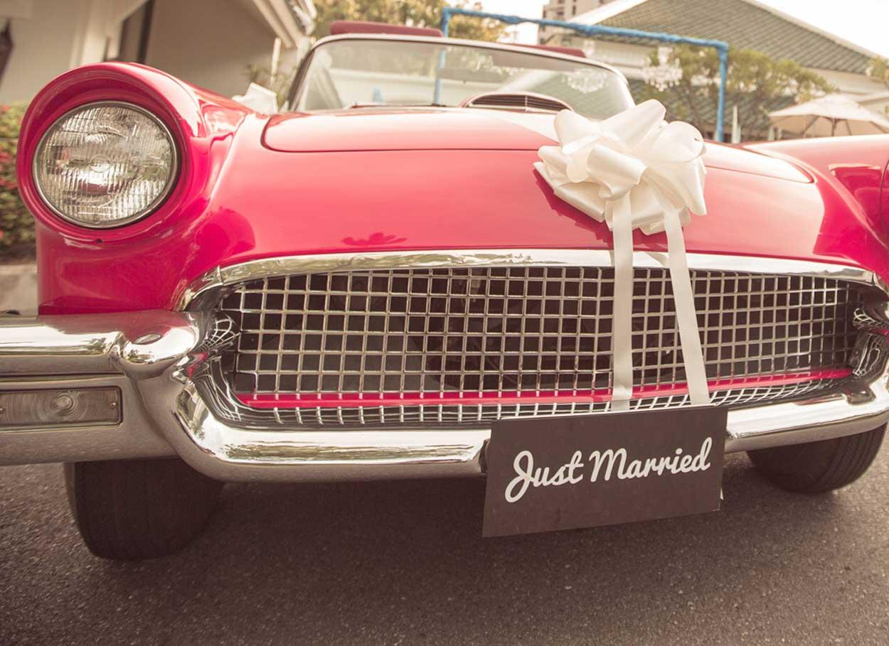Come scegliere l'auto per il matrimonio