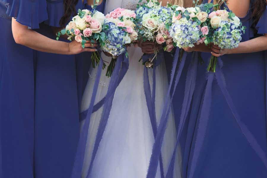 Blu, il colore Pantone 2020 è il Classic perfetto per un matrimonio