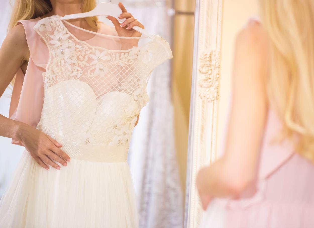 E se acquistassi l'abito da sposa all'Outlet?