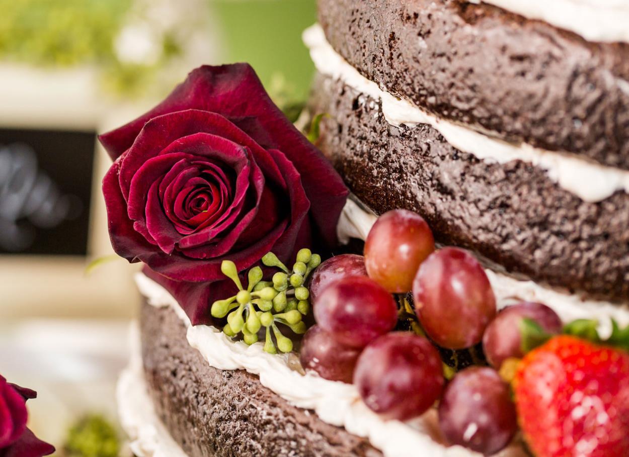 La nuova tendenza: la Naked Cake