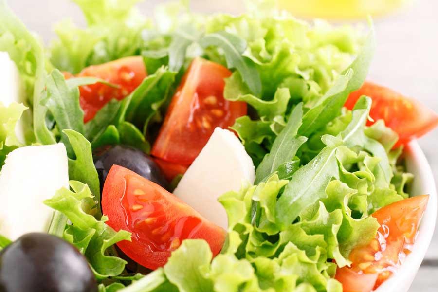Attenzione ai 9 alimenti da evitare prima del matrimonio